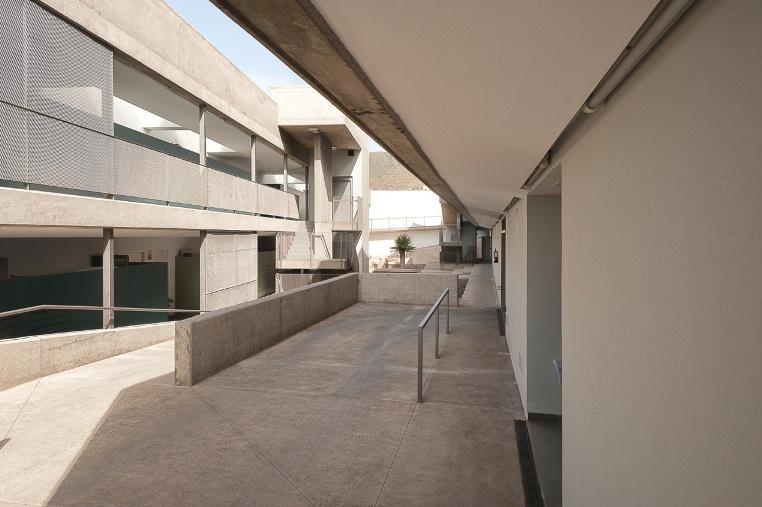 imagen MENCIÓN ESPECIAL 2011 Edificio para 28 Viviendas Adaptables